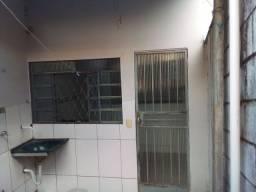 Título do anúncio: Barracão pequeno bairro Novo progresso contagem mg