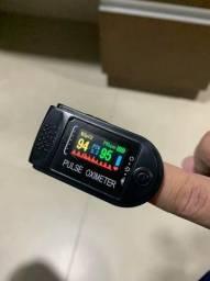 Oxímetro digital de dedo c/ frequêncoa cardíaca