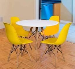Conjunto de mesa estilo Eiffell + 4 cadeiras!!!