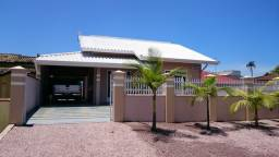 Alugo Excelente casa na praia de Itapoá com Internet, Churrasqueira e Ar Condicionado