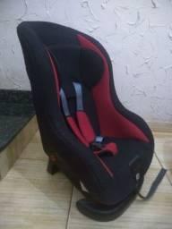 Cadeira Automóvel Voyage Tóquio Cor Preta com Detalhes Vermelho 9 - 18 Kg