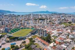 Apartamento á venda 3 dormitórios com 3 suíte + Lavabo Canto - Florianópolis
