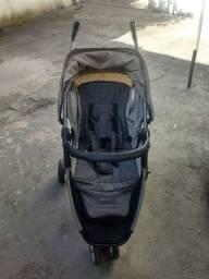 Carrinho Burigotto Move mais bebê conforto