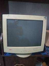 Monitor LG L700S Studioworks