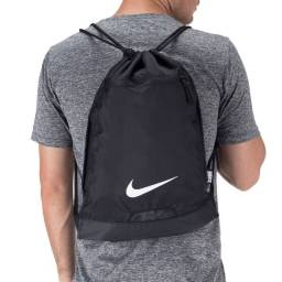 Título do anúncio: mochila de academia nike nova últimas unidades