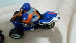 Brinquedo motocross moto drive com piloto luzez e sons importada USA