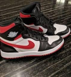 Air Jordan 1 preto e vermelho
