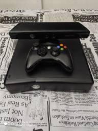 Vendo xbox 360 com destrava Reset Glitch HD de 500G kinect e 21 jogos