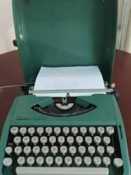 Máquina de datilografia 82