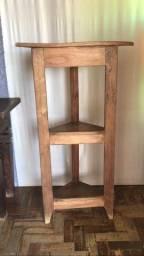 Cantoneira em madeira