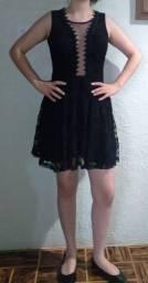 Título do anúncio: Vestido de festa preto em renda