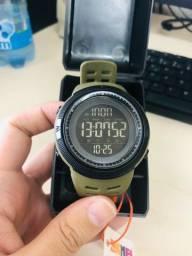 Título do anúncio: Relógio Masculino Militar Skmei Digital Esportivo Novo