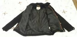 Jaqueta preta  e jaqueta cinza