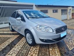 Fiat Linea essence 1.8 Dualogic 1.8 Flex 16V 4p + IPVA pago - R$ 35.000,00