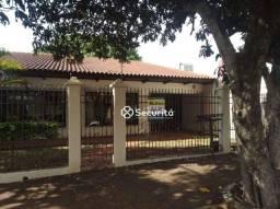 Casa com 4 dormitórios para alugar, 240 m² por R$ 3.500/mês - Recanto Tropical - Cascavel/