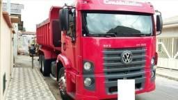 Caminhão caçamba Volkswagen