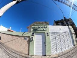 Título do anúncio: Excelente casa de 2 quartos com suíte e 3 vagas na Av. Alberto Lamego