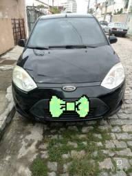 Oportunidade  - Ford Fiesta 1.6, pouco rodado, com revisão e manutenção em dia.