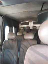 Vendo uma Van 2004