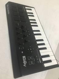 Controlador MAudio Axion Air32