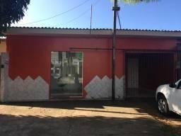 Alugo casa no bairro laguinho