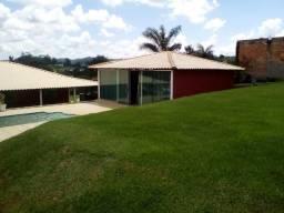 Mateus Leme - Chácara com ótima casa, pomar e piscina
