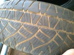 Vendo esses pneus aro 15