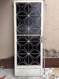 Porta de Ferro Completa (Pesada)