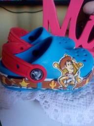 Crocs original..