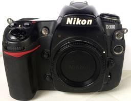 Maquina Fotográfica D200 e D300