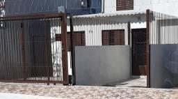 Casa 3 dormitorios com garagem!