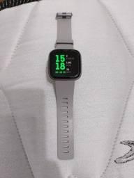 Relógio Smartwatch Fitbit Versa 2 Usado