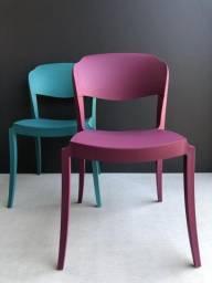 Produto Exclusivo - Cadeiras Italianas novas