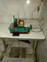 Máquina de costura .