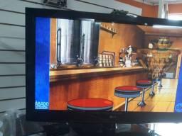 Tv LG 42 POLEGADAS TEM QUE POR CONVERSOR.  USO COM SKY