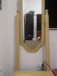 Penteadeira com espelho e duas gavetas
