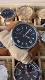 Sempre um lindo relógio a pronta entrega em São Luís.