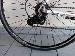 Bike speed totem hurricane 18v grupo sora3500
