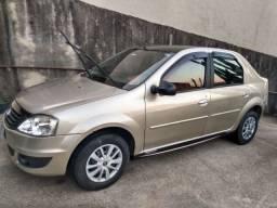 Renault Logan Ex. 1.0 2012 Único dono. Completo