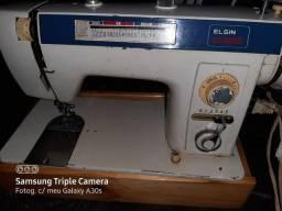 Máquina de costura Elgin  Genius antiga