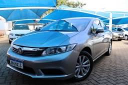 Civic LXS Aut. 2015 Banco de couro e Baixo Km