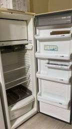 Título do anúncio: Refrigerador Consul Pratice 340