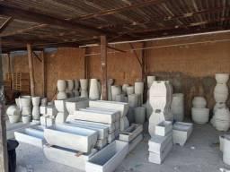 Vasos e jardineiras de cimento