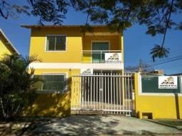 Ótimo Duplex de 3 quartos com piscina e próximo à Praia