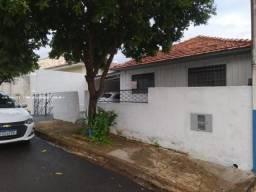 Casa para Locação em Presidente Prudente, FORMOSA, 2 dormitórios, 1 banheiro, 2 vagas