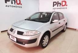 Renault Megane Sedan Expression 1.6 4P