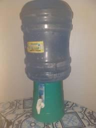 Galaon simple de agua