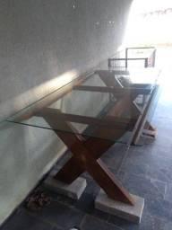 mesa de madeira massiça