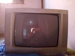 Título do anúncio: Tv tubo 21 com conversor