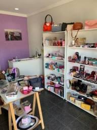 Vendo loja de make e acessórios femininos